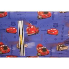 Lynet McQueen med venner på blå